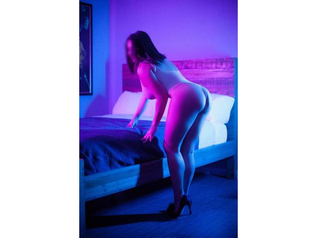 Washington DC Escort - DC GFE Companion