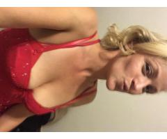 Stevie, Blonde Sexy Mature Bombshell - New to Colorado